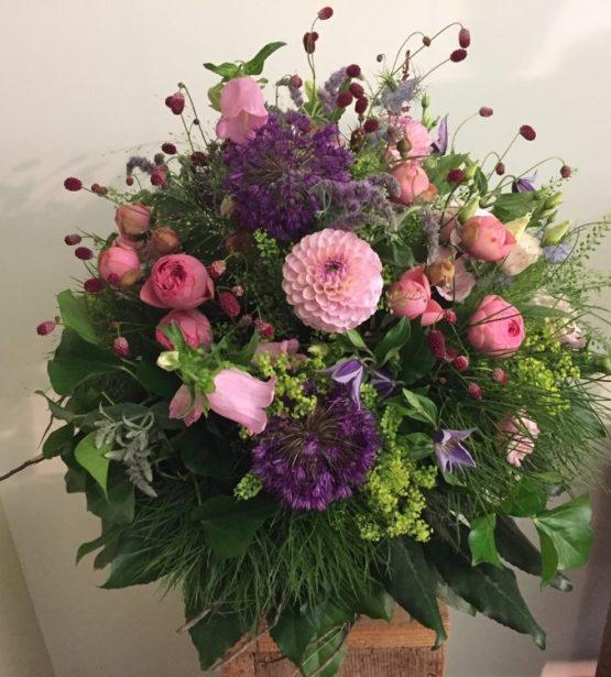 Blumenstrauss rosa bordeux bestellen
